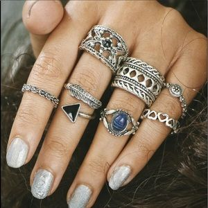 7 Piece Stackable Midi Ring Set
